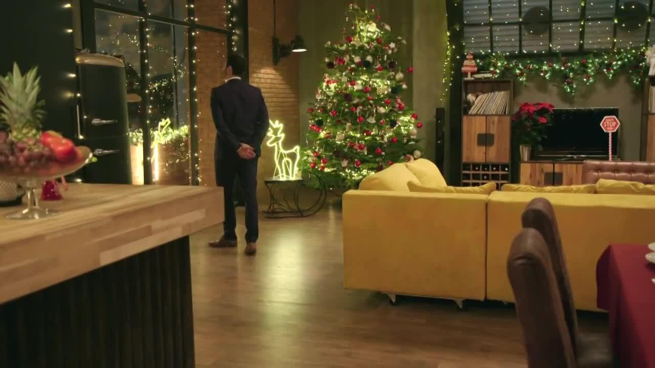 Oteckovia - Bonus - Vianočný klip